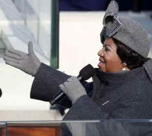 Watch the Official White House YouTube of Aretha Franklin at the Presidential Inauguration. Photo: Aretha Franklin sings My Country Tis of Thee at Obama Inauguration.