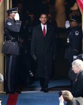Barack Obama arrives for his swearing in ceremony.