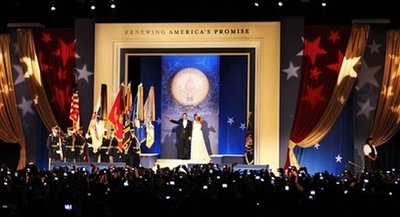 The President and First Lady arrive at the Midwestern Regional Inaugural Ball.