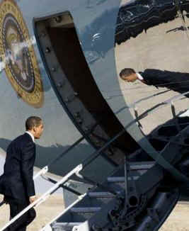 President Barack Obama departs Denver aboard Air Force One enroute to Phoenix Arizona.