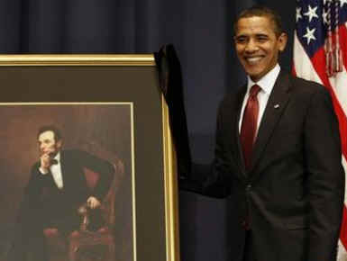 President Obama also unveiled a portrait of President Abraham Lincoln to dedicate the opening