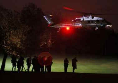 The Obama group arrives on Marine One at Winfield House the residence of the US Ambassador to the UK.