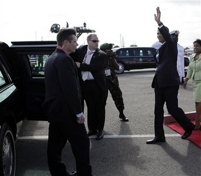 President Barack Obama arrives on Air Force One at Port of Spain airport in Trinidad and Tobago on April 17, 2009.