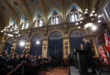 President Barack Obama and UK PM Gordon Brown speak at a joint news conference at the Foreign and Commonwealth Office in London.