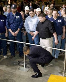 President Barack Obama tours the Trinity Structural Towers Manufacturing Plant in Newton, Iowa on Earth Day, April 22, 2009.