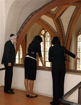 Michelle Obama tours a Jewish synagogue and museum, an ancient Jewish cemetery.