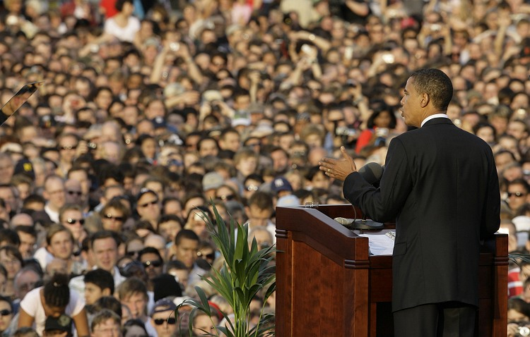 Senator Barack Obama gives a speech in front of hundreds of thousands of Berliners. Barack Obama called on Europe and the United States to stand together again during his Berlin, Germany speech on July 24, 2008. Obama's Berlin speech. in front of the Victory Column, was his only public speech on European tour which included a trip to London