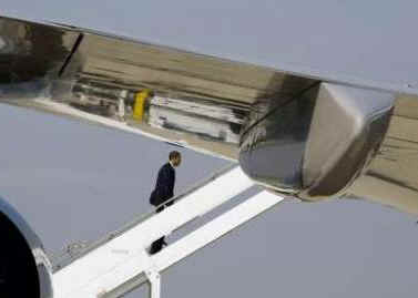President Obama departs Andrews Air Force Base for Columbus, OH on March 6, 2009.