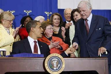 President Obama and Senator Kennedy at the SEED Public Charter School to sign the Edward M. Kennedy Serve America Act.