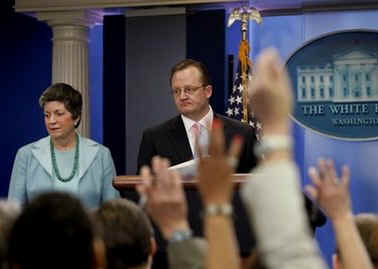 Secretary of Homeland Security Janet Napolitano and Press Secretary Robert Gibbs at a rare Sunday press conference.