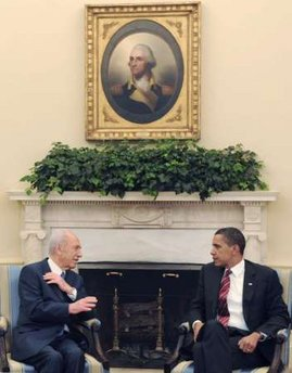 President Barack Obama meets with Israel's President Shimon Peres in the Oval Office of the White House on May 5, 2009.